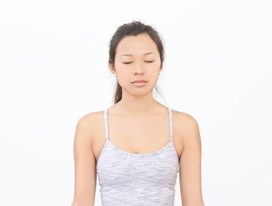 10 Holistic Benefits of Ayurvedic Self Massage