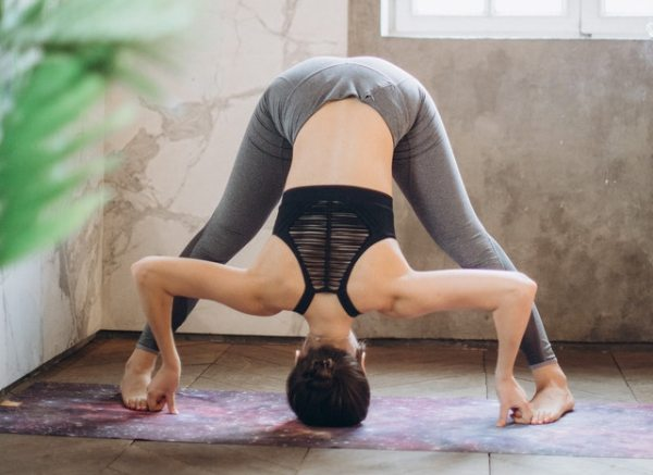Complete Guide to Yoga for Busy Mums